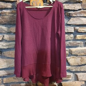 Size L maroon knitted style long sleeve top